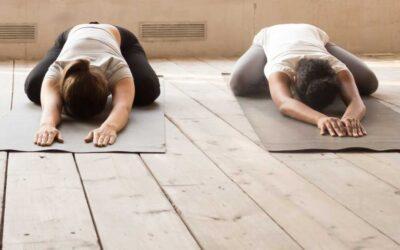 Verlichting van darmklachten met yoga